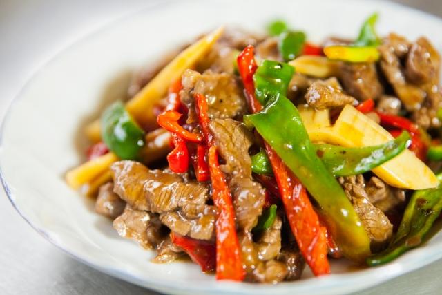 東北人家は本館・新館共に大人気の中華料理店!豚角煮チャーハンが絶品と評判