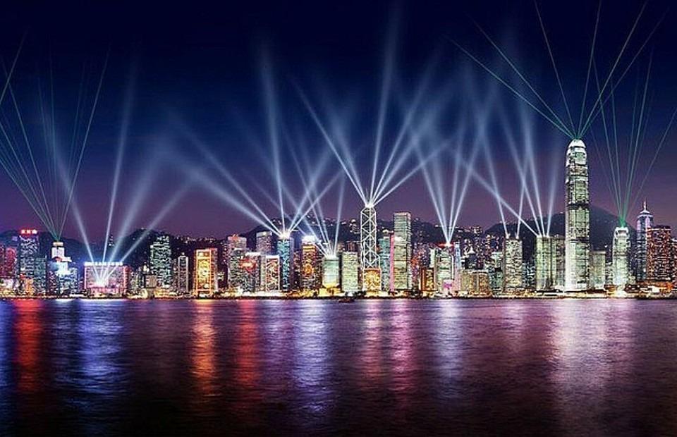 シンフォニー・オブ・ライツで世界最大の幻想的な光のショーを堪能!見どころは?