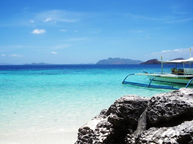 コロン島は絶景が広がるフィリピンの秘境!行き方や人気の観光スポットも紹介!