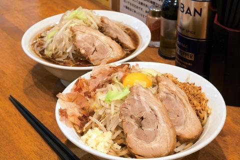 豚道場は人気の二郎系ラーメンが食べられる富山の行列店!おすすめメニューは?