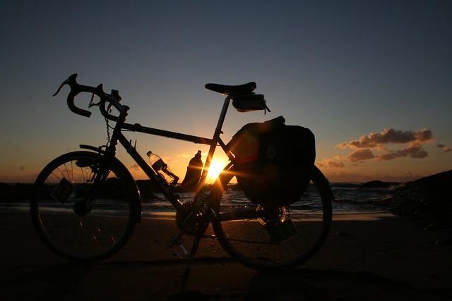 ランドナーに乗って自転車旅を楽しもう!おすすめモデル15選もご紹介!