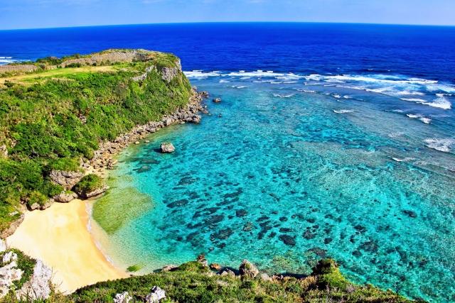果報バンタは沖縄でおすすめの絶景ポイント!パワースポットとしても人気!