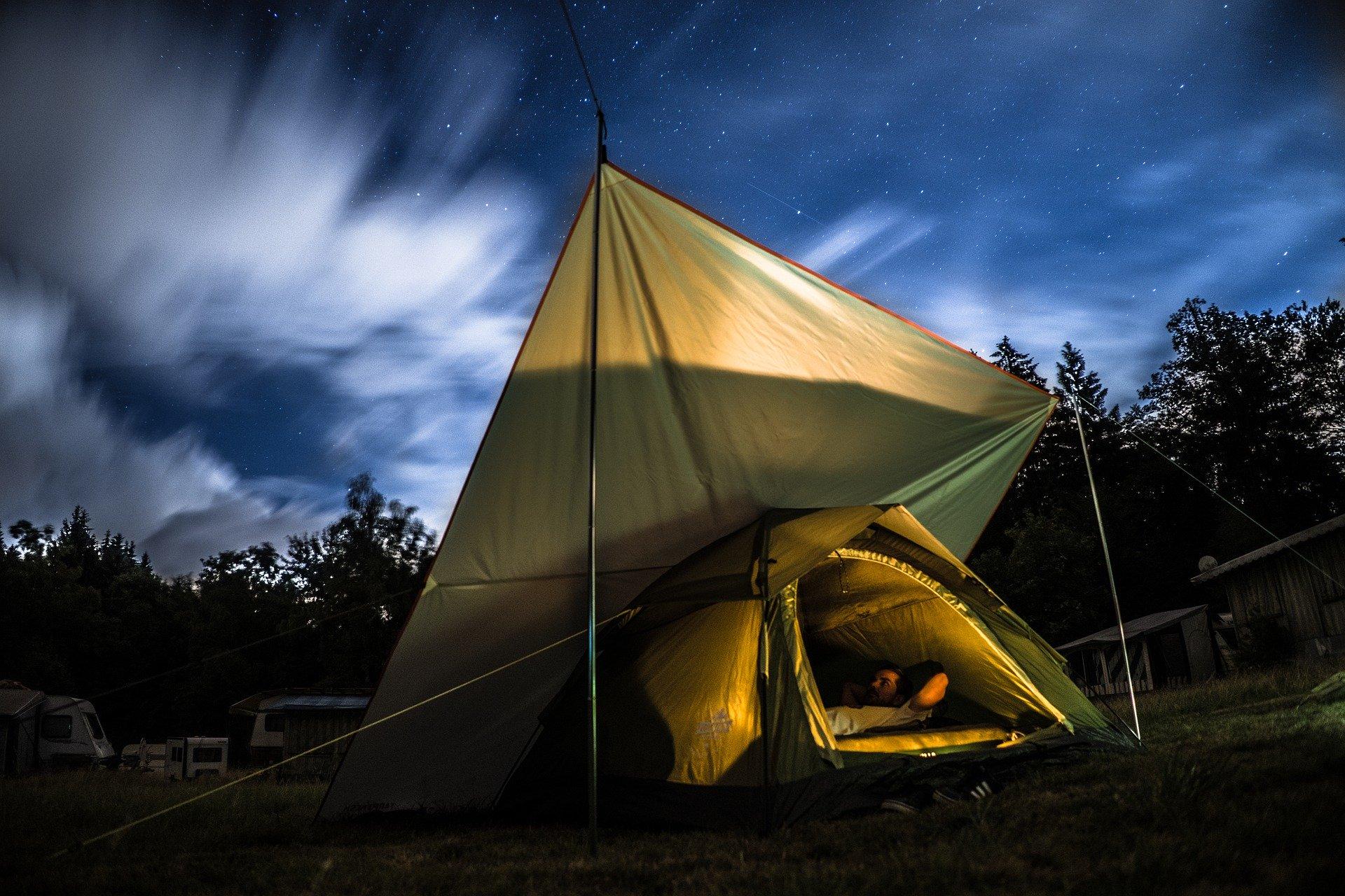 くりの木キャンプ場(群馬)で景色・夜景を堪能!ファミリーからも大人気!