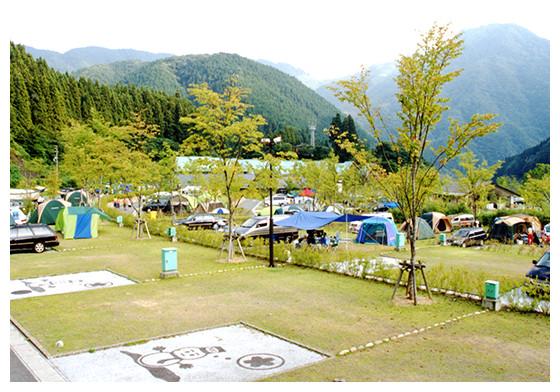 NEOキャンピングパークは岐阜の人気キャンプ場!充実設備で初心者にもおすすめ