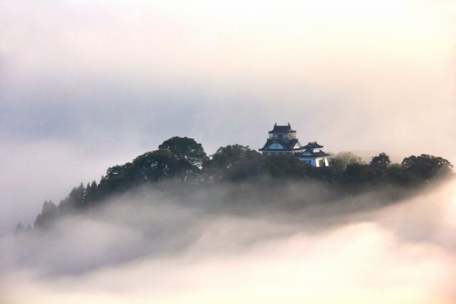 【福井】越前大野城は天空の城!雲海が見られる時期や見どころを紹介!