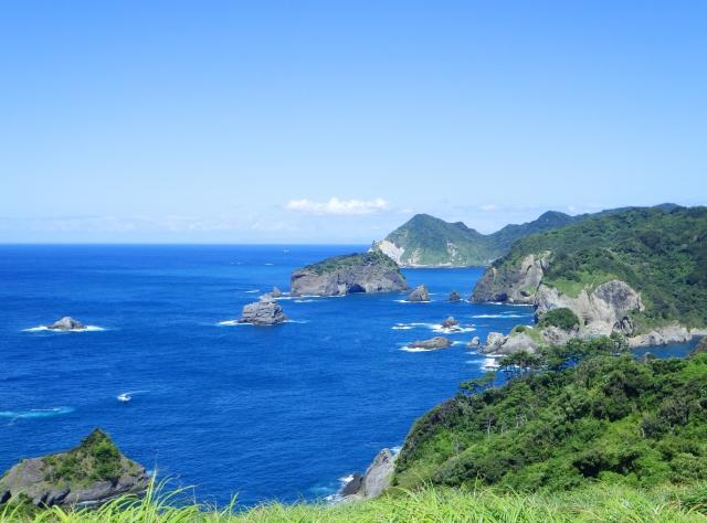 浮島海岸でシュノーケリングや磯遊びを満喫!西伊豆の穴場スポットを紹介!