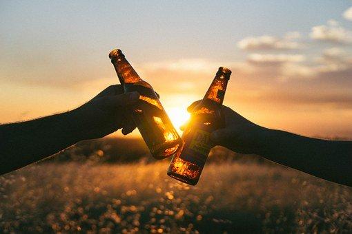 目白田中屋は圧倒的な品揃えで有名な酒屋さん!ウイスキーやビールが選び放題!