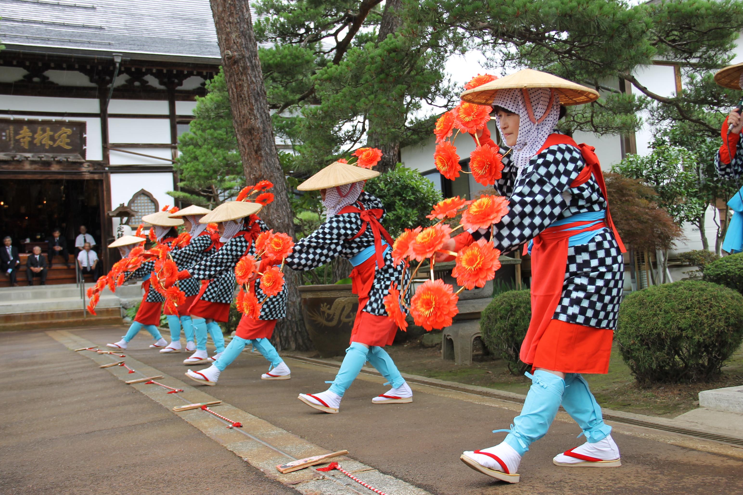 会津坂下はグルメが充実した町!全国から人が集まる「坂下初市」とは?