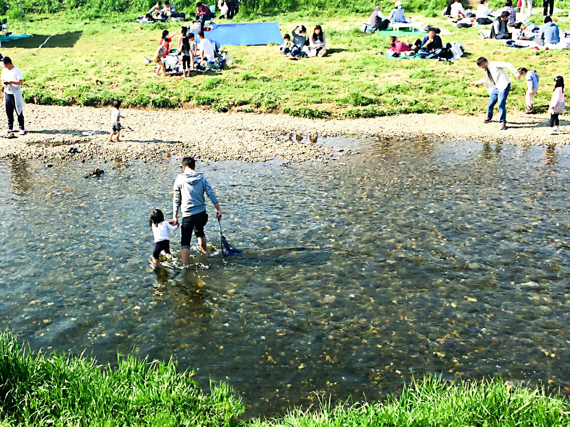木戸ダムは子供も喜ぶ人気スポット!バーベキューや川遊びを楽しもう♪