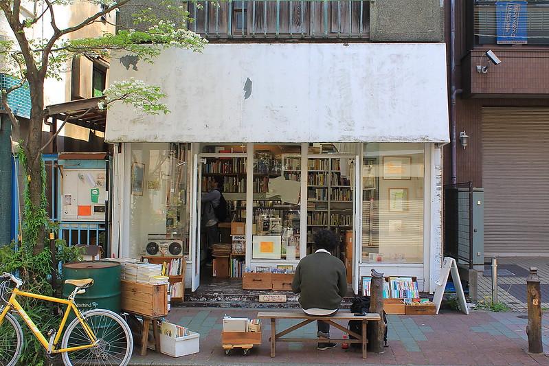 神田で本屋ならココがおすすめ!大型店舗からカフェ併設の人気店まで一挙ご紹介!