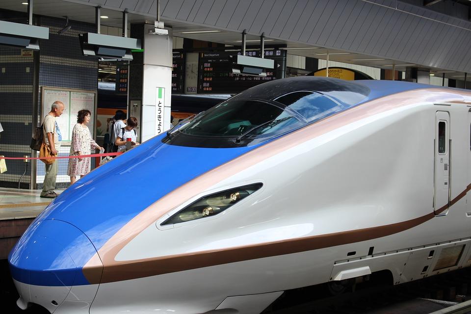 金沢から富山までの交通手段は?バスや電車を利用した際の料金比較も!