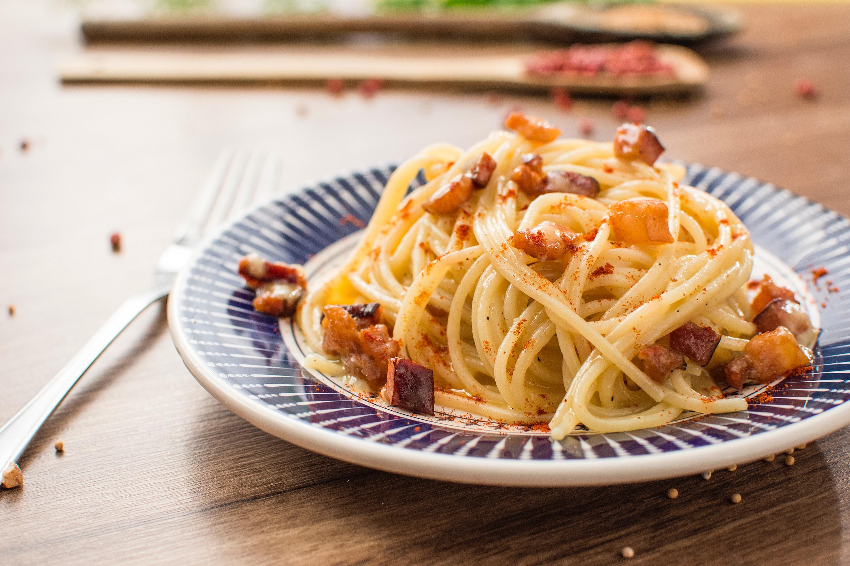 復活した笹塚のロビンで絶品洋食を堪能!人気メニューハンバーグスパを味わおう