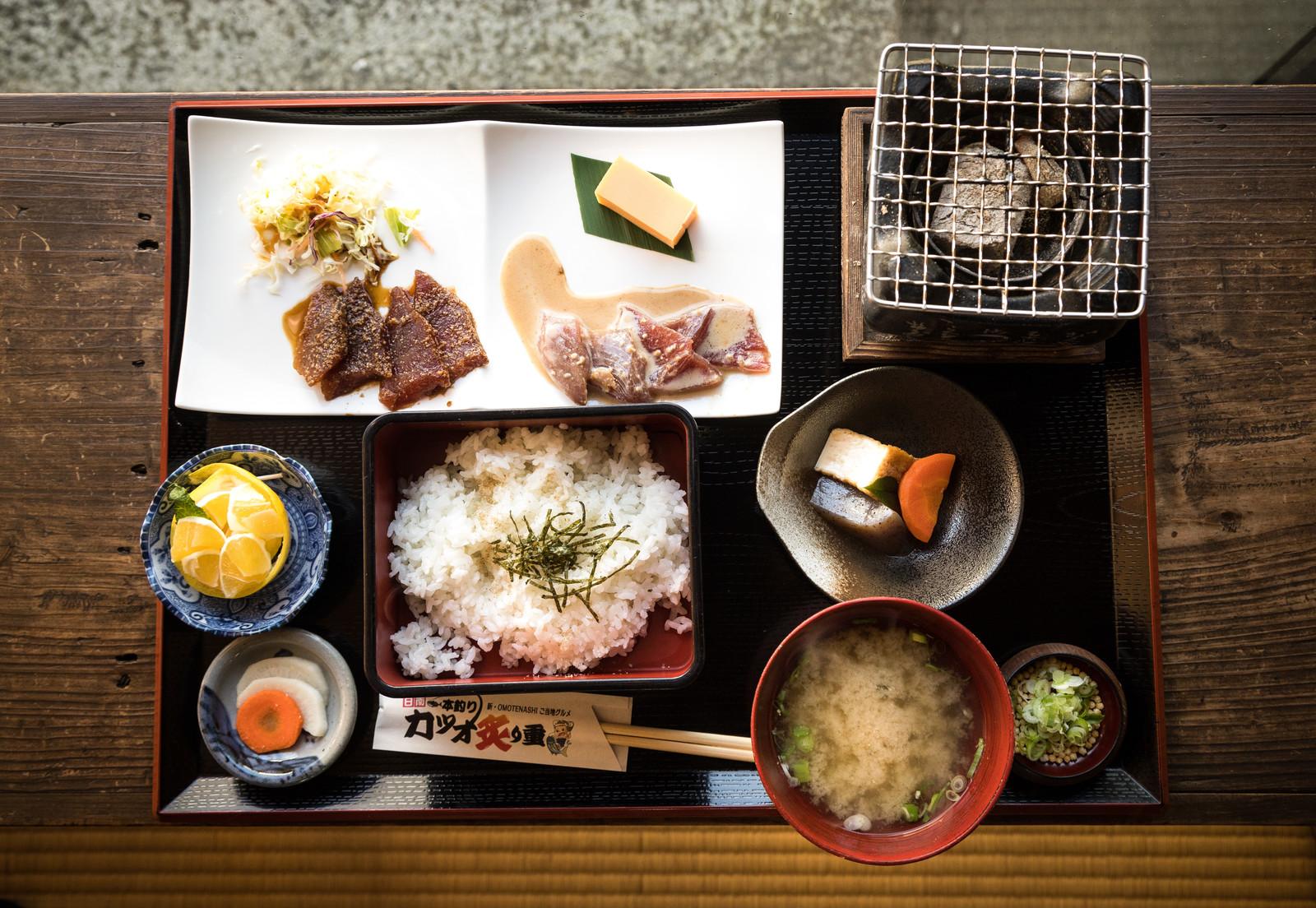 吉池食堂はアメ横で人気の名店!おすすめのメニューや安いお得なランチを紹介!
