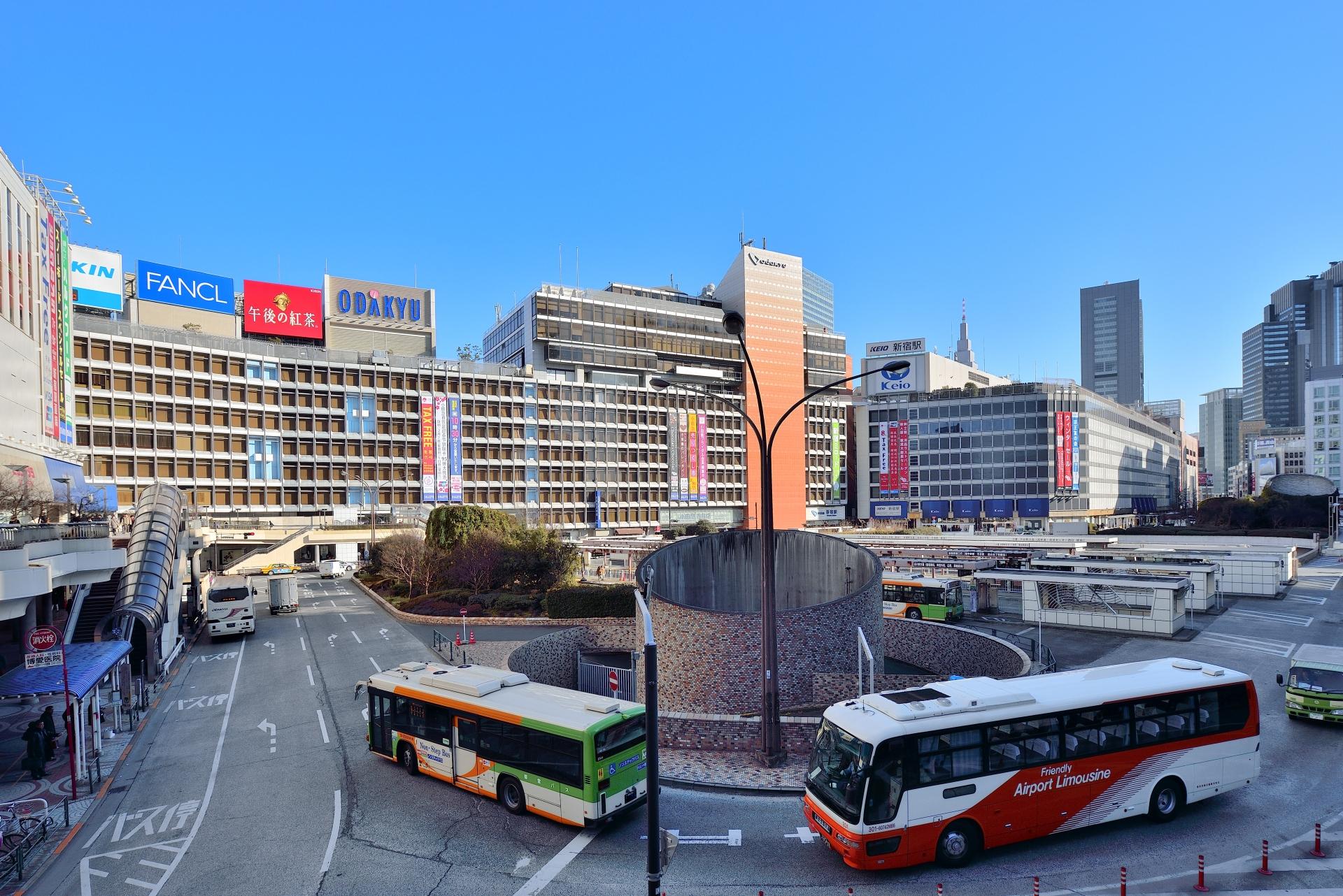 東急ハンズ新宿店への行き方まとめ!新宿駅・東京メトロからのアクセス方法は?