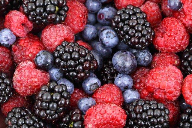 業務スーパーの冷凍フルーツはコスパ抜群!種類・値段やアレンジ方法は?
